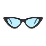 Čierne dámske okuliare s modrými sklami