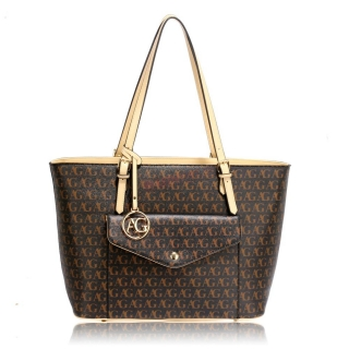 27eafb13144 Čierna luxusná kabelka s predným vreckom